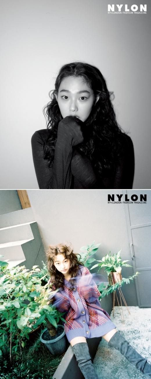 gugudan康美娜写真集展现成熟姿态 用可爱的笑容展现魅力
