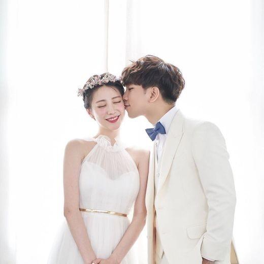 今日结婚MBLAQ GO&崔艺瑟在INS上传幸福的婚纱照