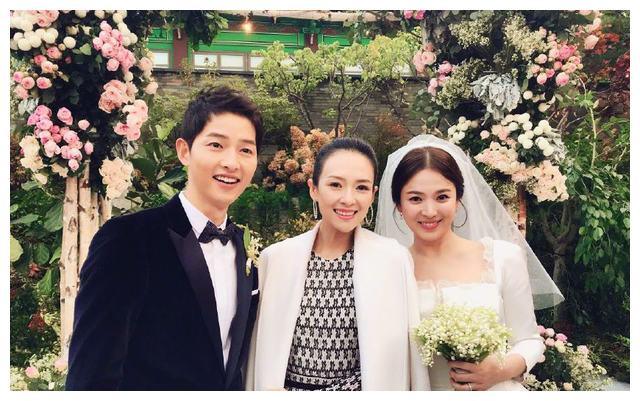 章子怡赴首尔参加宋慧乔婚礼 成为双宋婚礼的唯一中国艺人