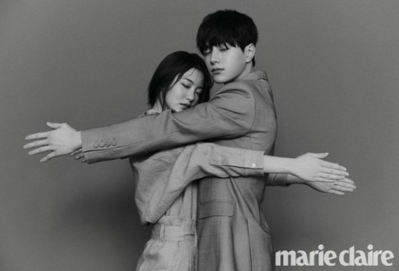 新剧《快过来》金明洙和辛睿恩拍摄了情侣写真