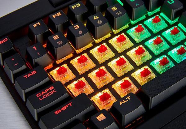 機械鍵盤和普通鍵盤的區別 機械鍵盤青軸和黑軸的區別