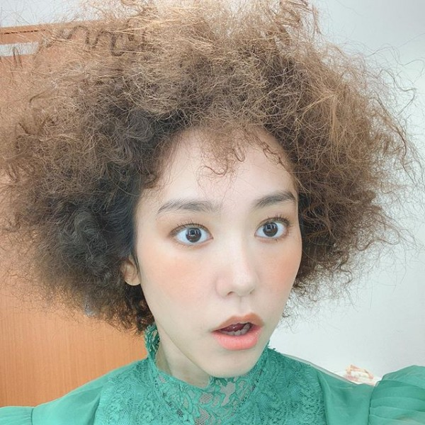 桐谷美玲突如其来的鸟巢发型震惊网络 即使爆炸了也是美人