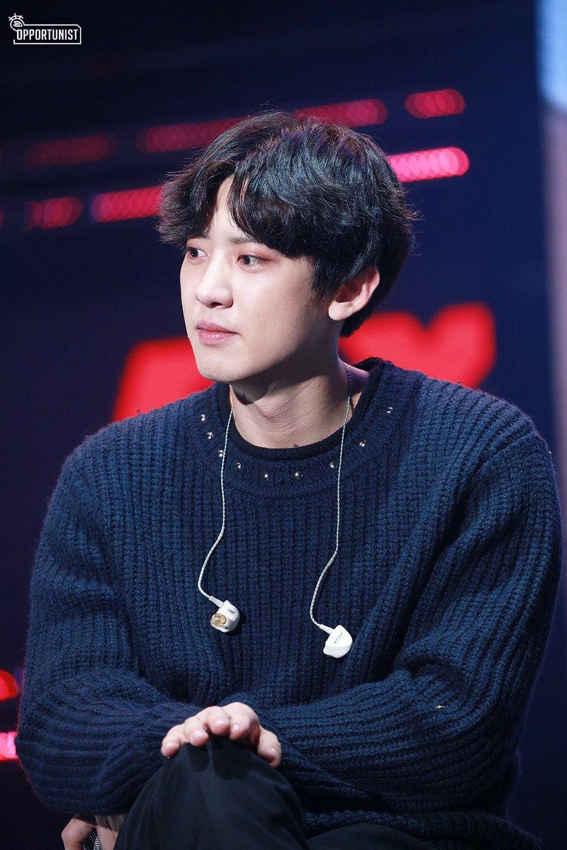 EXO成员有一个严重的习惯 就是偷走灿烈的所有衣服