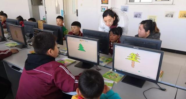 法库县三面船小学举办家长开放日活动