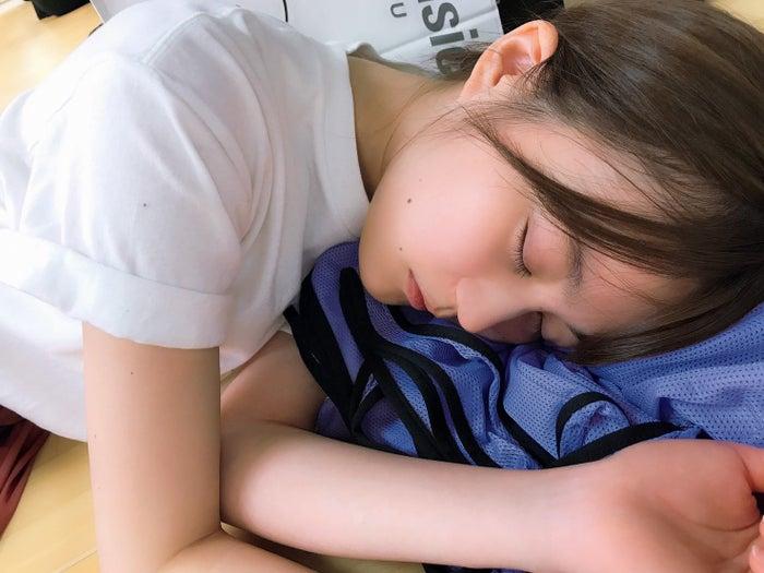 乃木坂46白石麻衣拍摄的生田绘梨花的过于美丽的睡脸公开