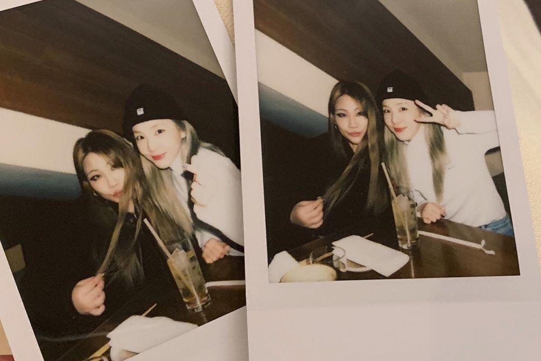 朴山多拉祝贺CL的生日 两人甜蜜的合照令粉丝欢喜