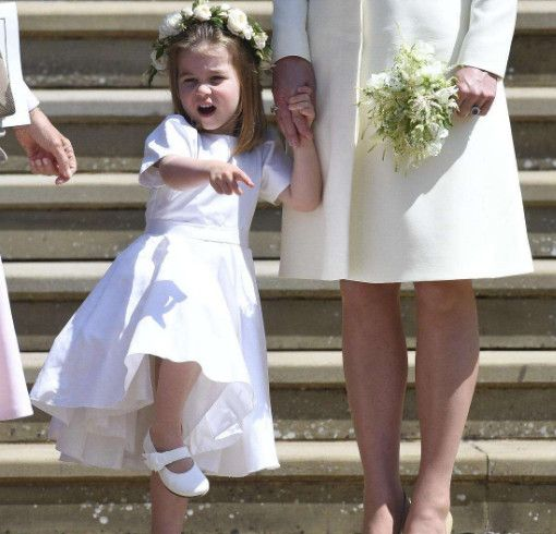 夏洛特公主已经为她上学的第一天做好了一切准备