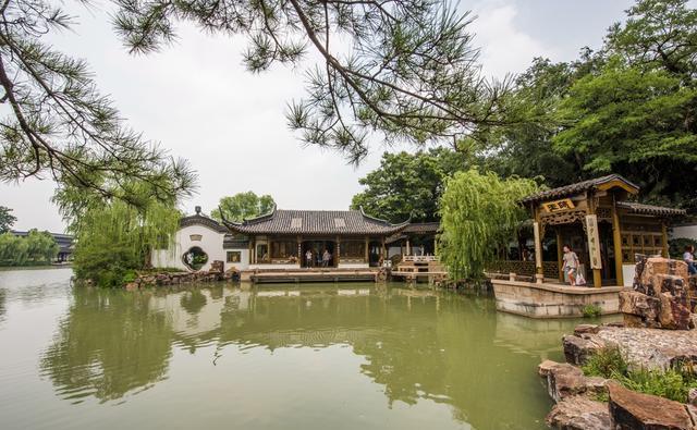江苏著名旅游城市,地处长江之北,很多人认为是江南城市