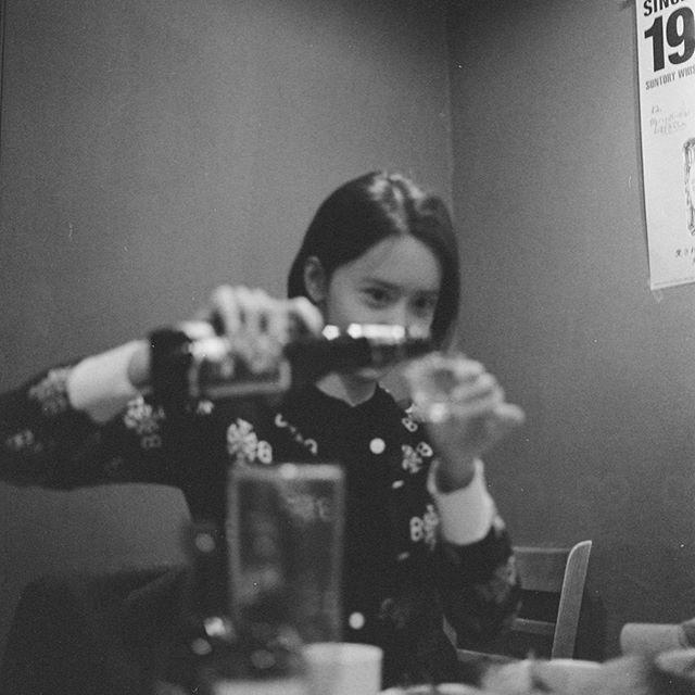 林允儿反差萌 周末喝烧酒和啤酒!