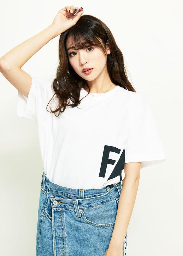 模特志田友美美腿全开谈及今后的活动