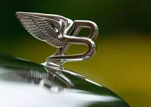 劳斯莱斯标���+�.�9.b_很多车型精美的立标车标,包括劳斯莱斯的飞天女神,宾利的b字飞翼立标
