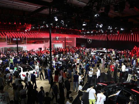 新一代梅赛德斯-AMG S 63 4MATIC+轿跑车,车展实拍!