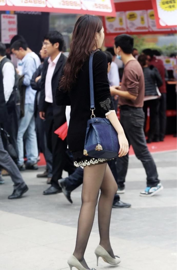 丝袜熟女爆光_街拍黑色丝袜, 轻熟女美女