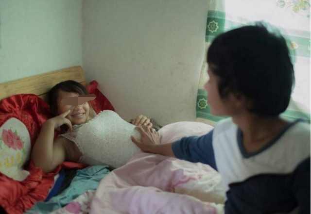 电影幼女性爱_12岁女孩多次和网友发生关系2次怀孕,都是家中小片儿惹的祸!
