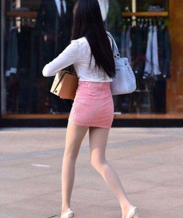 白色包臀裙美女视频_纯白丝袜_性感美女丝袜_白丝袜美女-久久图片视频