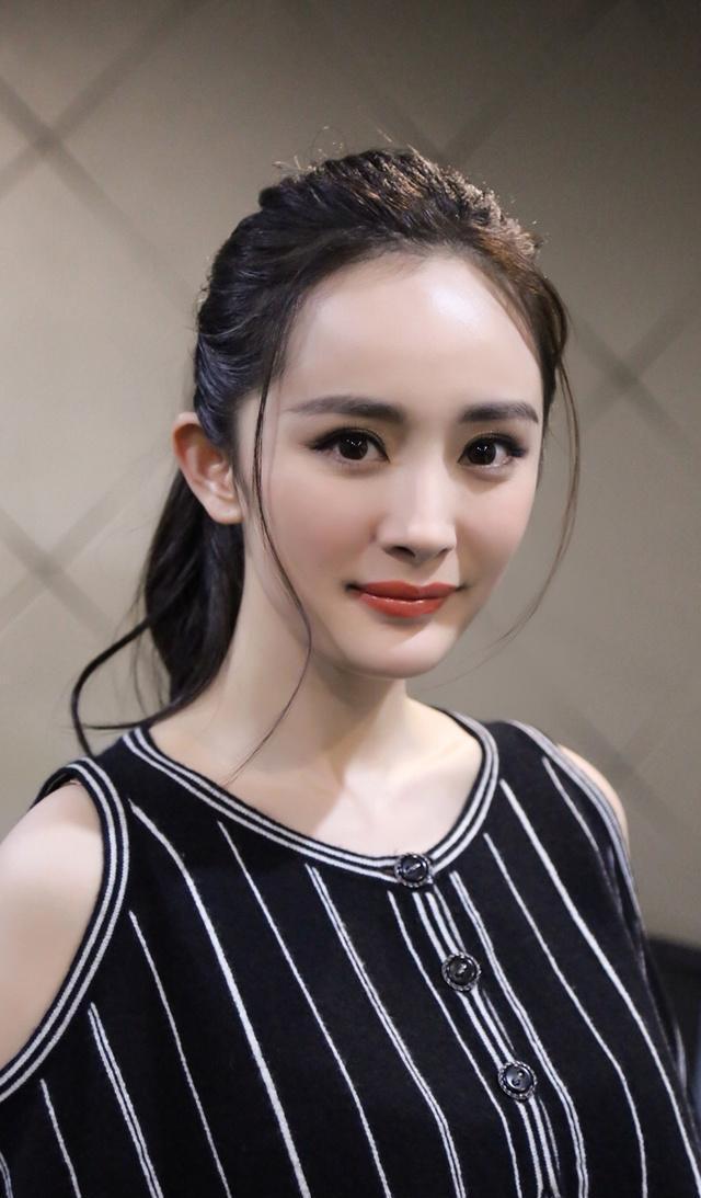 颧骨高的女明星_娱乐圈女明星圆脸pk锥子脸, 最美不过赵丽颖