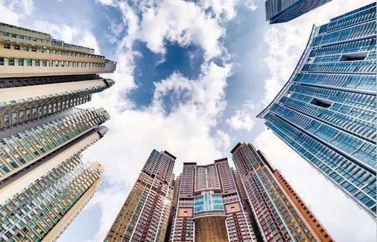 多地房价下跌,房地产后市如何?我们该怎么办?