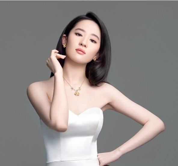 外国男人操中国女人大逼�_外国人眼中的中国美女是啥样? 林志玲第一, 最后一位辣眼睛