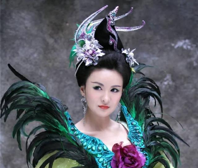 《封神英雄榜1》中的5個美女,妲己琵琶精鳳青青,你覺得誰最漂亮圖片