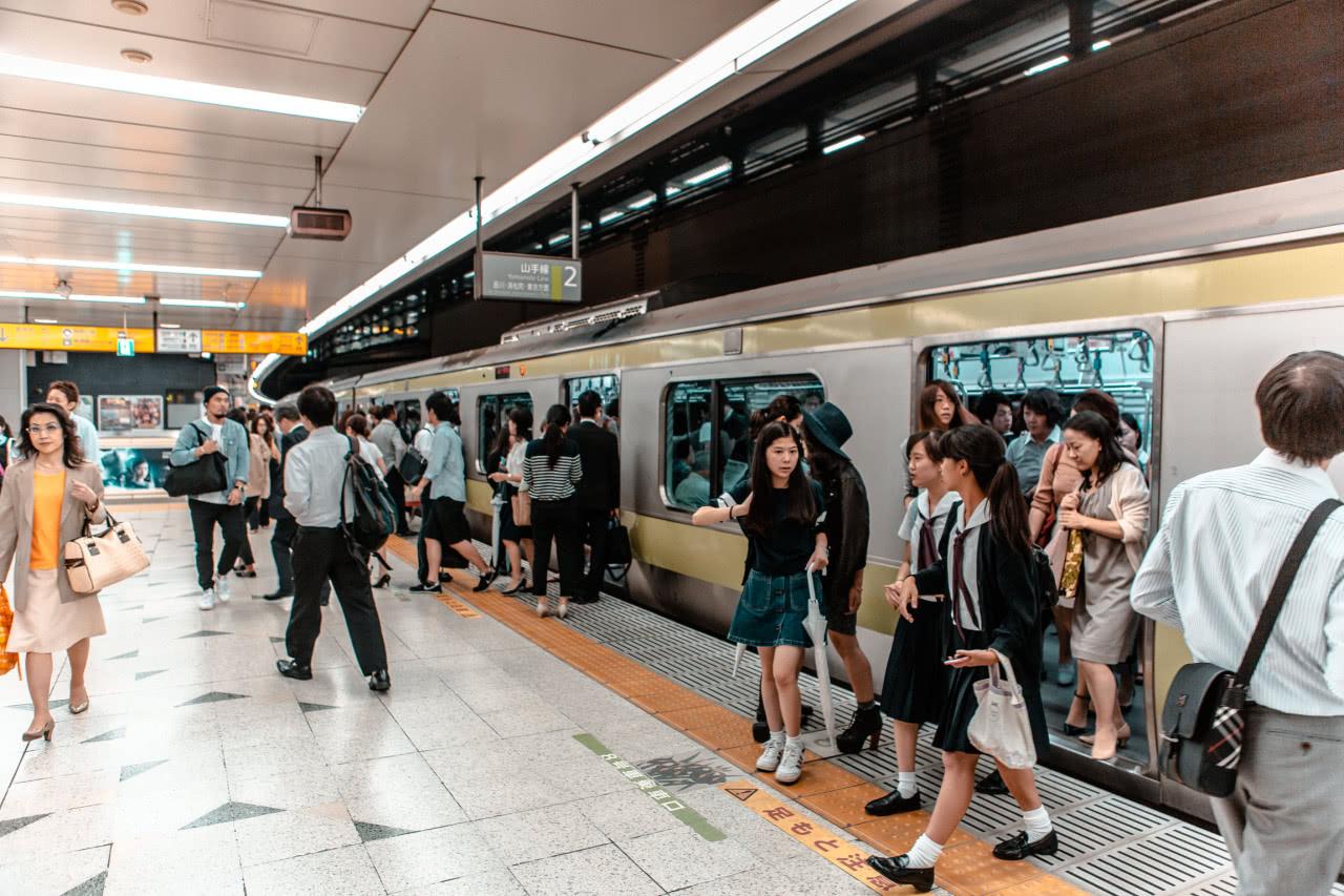 神奇的東京地鐵,日均1千萬乘客卻有條不紊,連美國人都圖片