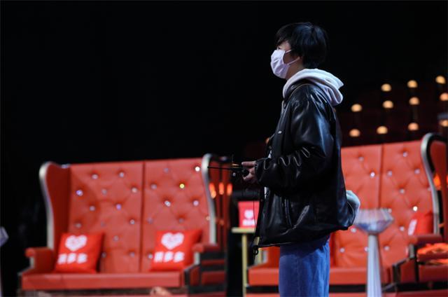 《声临其境3》开启防疫暖心之声 英文版《武汉加油》显温情大爱