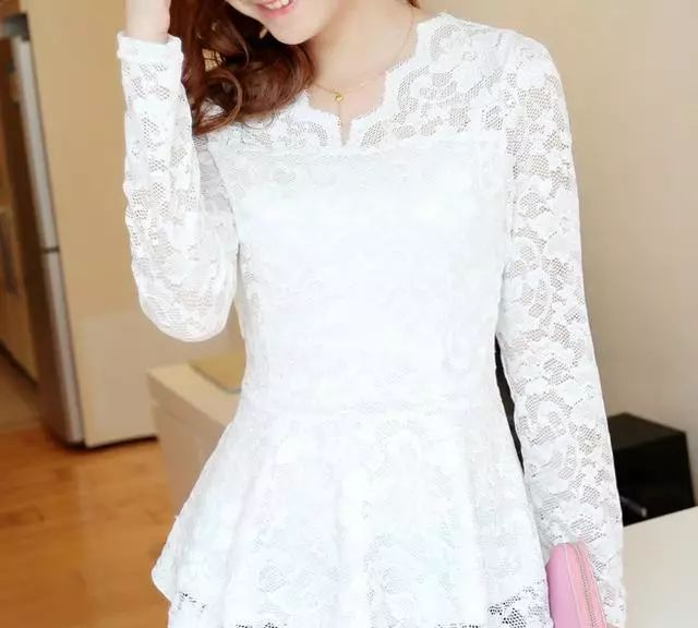 时尚蕾丝潮流打底衫,网纱款更神秘,充满女人味!