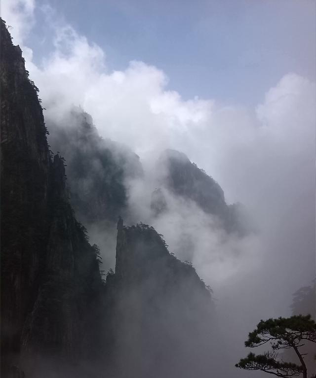 黄山西大门西海大峡谷