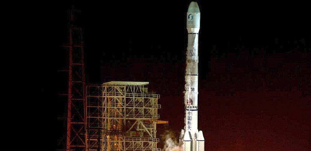 北斗系统再传捷报,一箭双星发射成功,明年将彻底抛弃美国GPS?