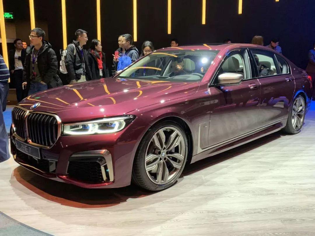 宝马豪华轿车_宝马携新款7系、全新X7以及8系大型豪华车阵容亮相国内-新浪汽车