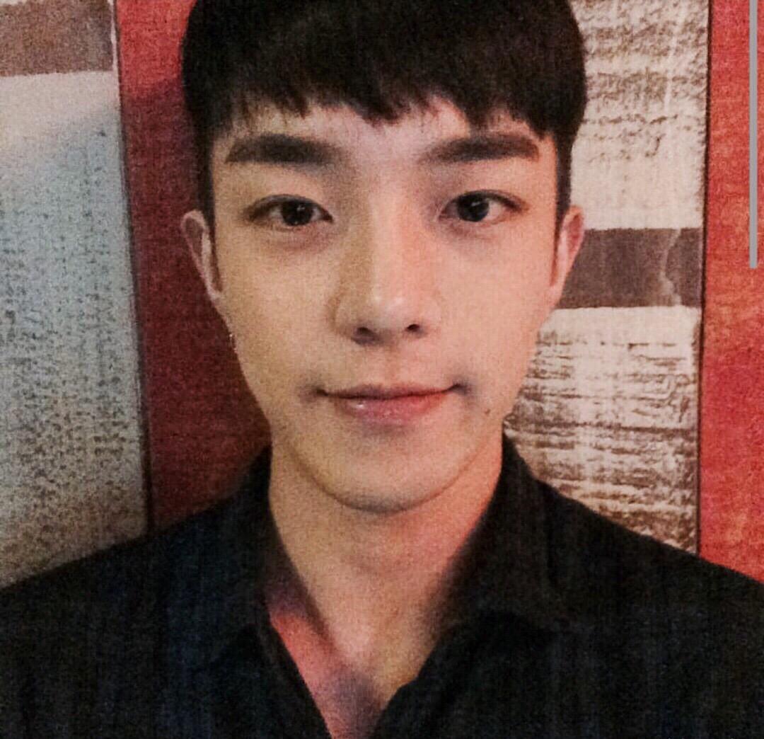 朴时亨是韩国的模特。 模特 韩国 朴时亨_新浪新闻
