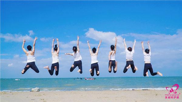 適合旅行,聚會拍照的瑜伽體式,春節期間讓自己美爆朋友圈!圖片