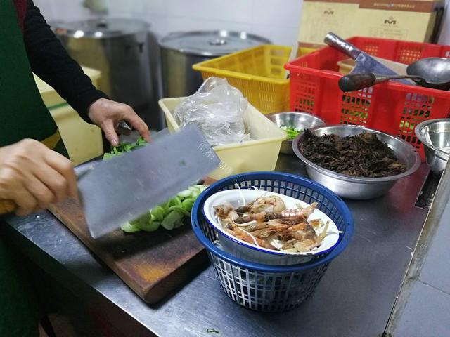 """浙江有个爱吃""""辣""""的城市,本地人爱吃,外地游客就反应不一样!"""