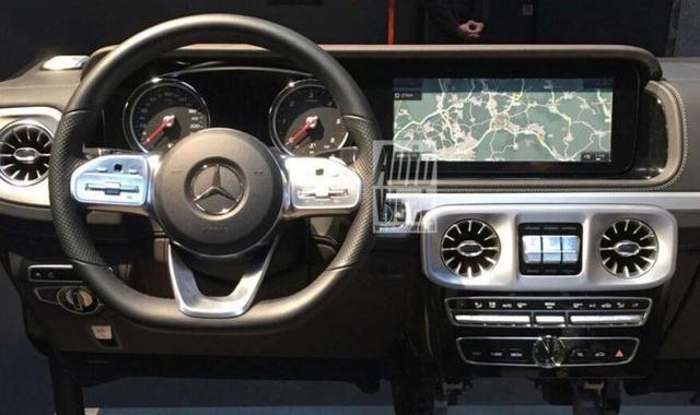 车身质感十足,外观经典颜值高,奔驰G级配置厚道