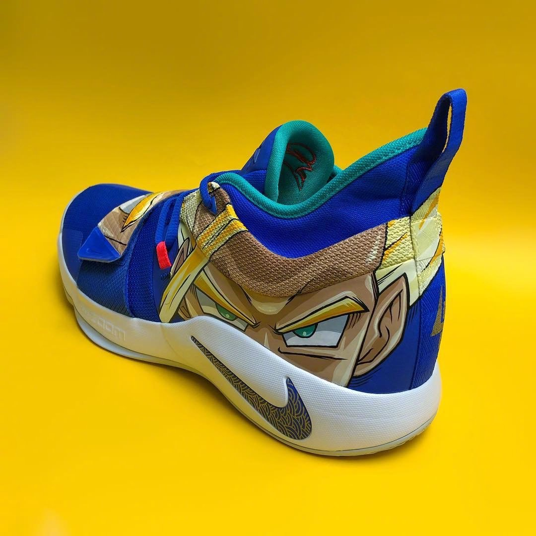 nike pg 2.5 gohan Kevin Durant shoes on