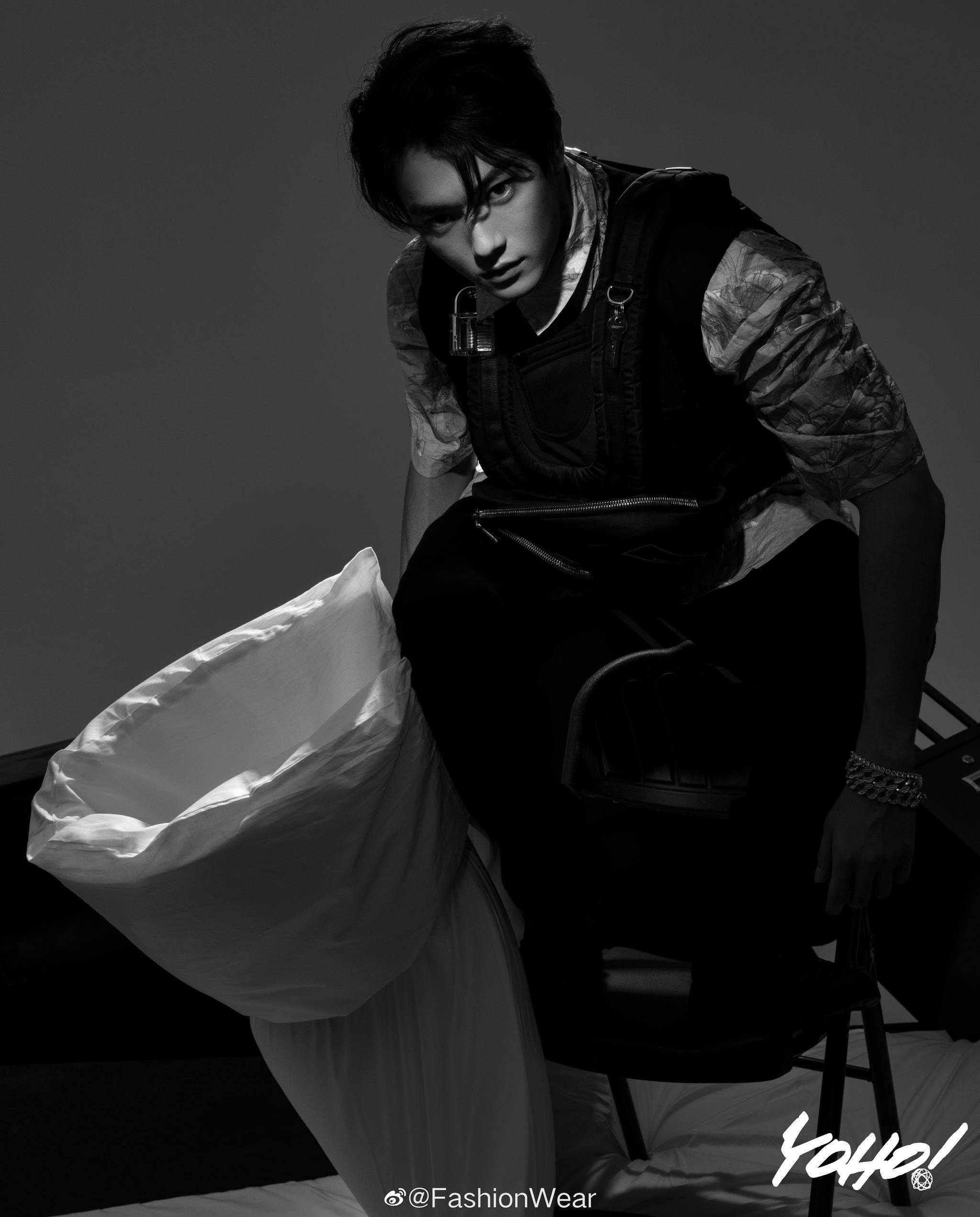 @许凯soso 演绎《YOHO!潮流志》10月刊封面大片