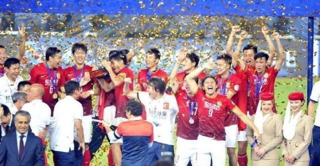 6年前今天广州恒大凭客场进球优势夺亚冠冠军,出场13人今何在?