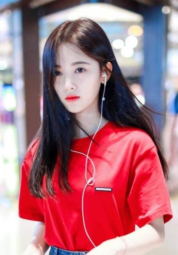 亚洲100最美面孔_全球最美100张面孔,刘亦菲范冰冰落选,她却连续四年入选