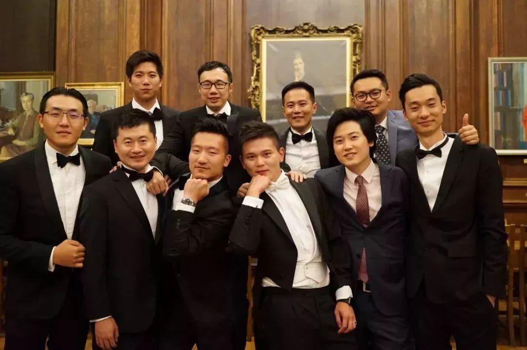 """""""用全球資源成就中國家族企業""""—華人家族企業全球課程學員訪談"""