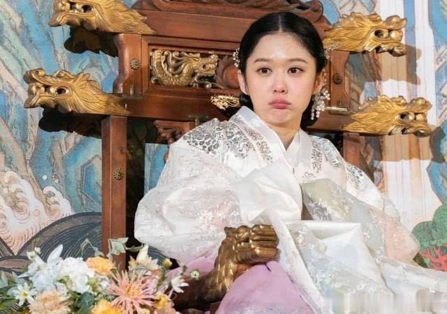 张娜拉复出再接新剧,没想到打破收视纪录,网友:我们错怪她了?