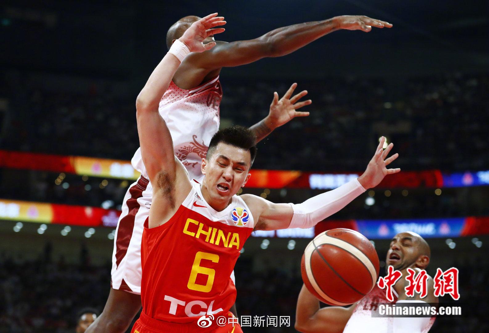 中国队篮板球