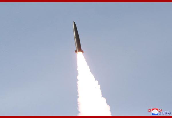 """该导弹被外界称为朝鲜版""""伊斯坎德尔""""。"""