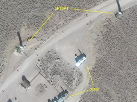 图为外国社交网络上发布的疑似出现在美军基地的S-300导弹系统卫星图
