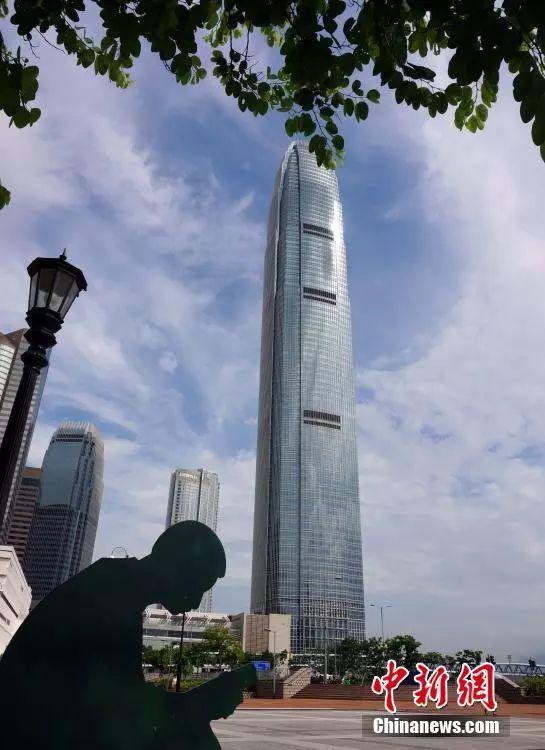 资料图:香港国际金融中心。中新社记者 洪少葵 摄