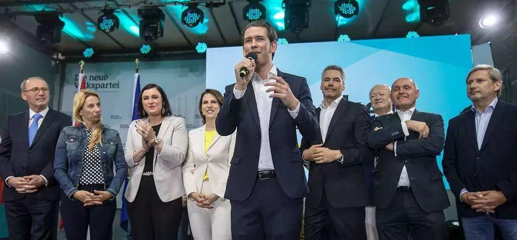 当地时间5月26日,库尔茨就人民党在欧洲议会中胜选发外说话。/视觉中国
