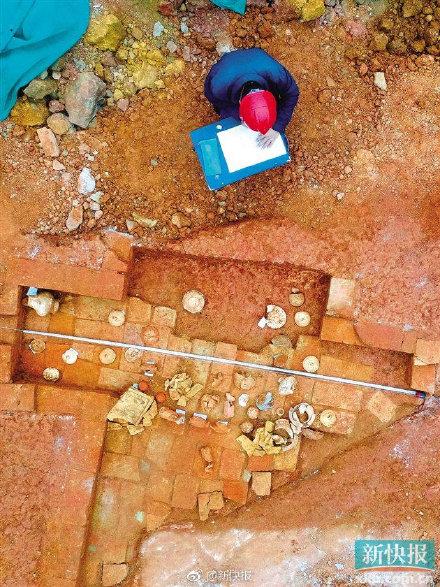 1月6日,中山大学南校园一处基建工地施工现场中发现古墓。 新快报 资料图