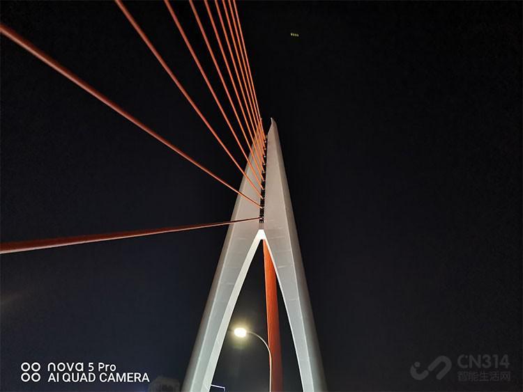 華為nova5 Pro攝影體驗:夜拍噪點壓制給力,自拍質感滿分