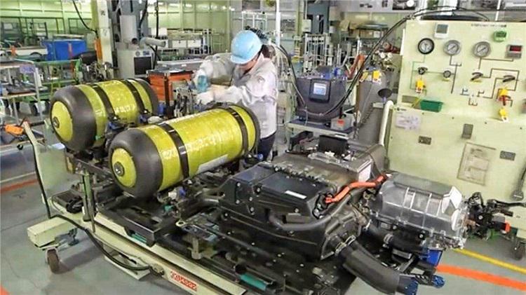 『湯叔解惑』氫燃料電池與三元鋰電池誰更安全?