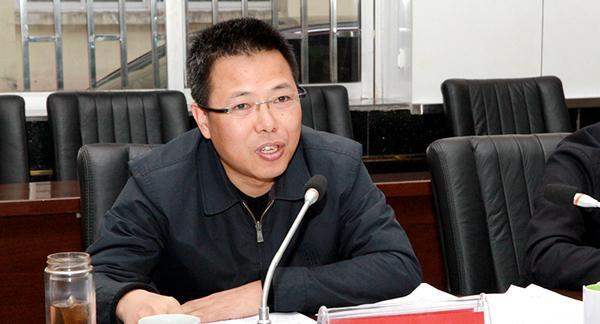 貴州省糧食局原局長黃秋斌受賄案開庭
