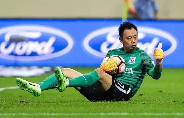 王大雷申花_王大雷之后申花终于迎来国门级强援助阵!表现出色已赢得球迷认可