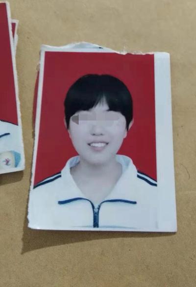 杨瑞立短发的照片。受访者供图